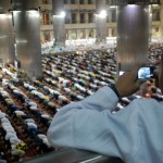 Taraweh di Masjid Istiqlal (foto : Dudi/SuaraJakarta.com)