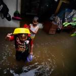 Banjir di Kec. Makasar, Jaktim - SuaraJakarta.com (2)