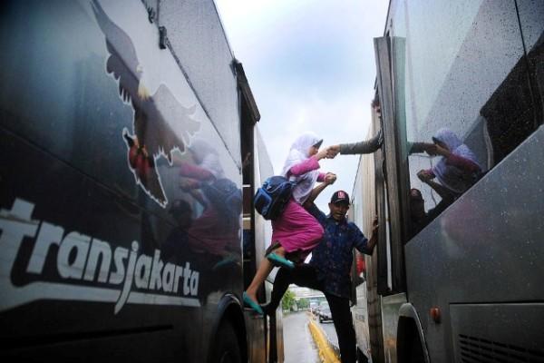 Kiprah Transjakarta Di Ibu Kota