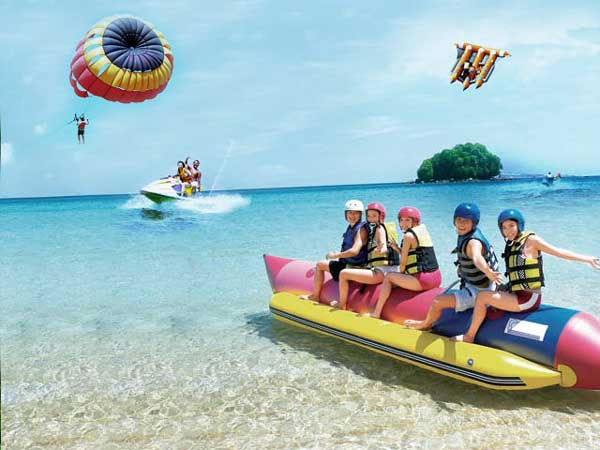 Wisata Olahraga Air, Pantai Tanjung Benoa, Bali