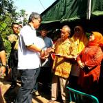 Wakil Ketua DPRD DKI Jakarta, Triwisaksana di lokasi kebakaran Pesanggrahan