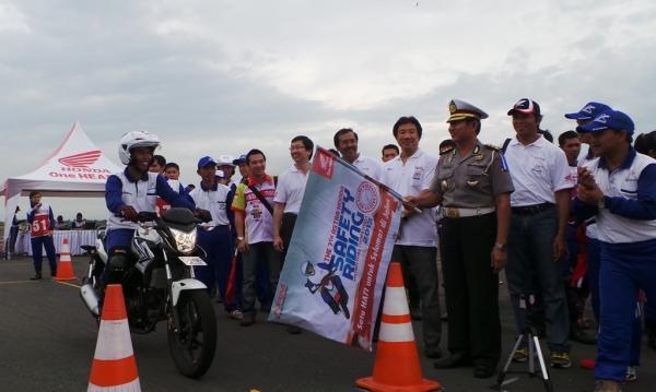 AHM bangun sebuah harapan dalam kompetisi Instruktur Safety Riding