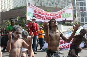 suara-jakarta-seni-teatrikal-ikut-karnaval-ramadhan-1434h