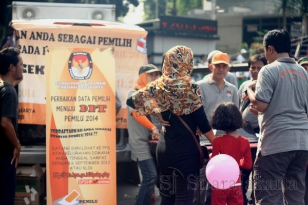 KPUD DKI Jakarta menggelar stand aksi jemput bola