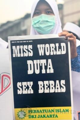 Selamatkan Budaya Indonesia, Tolak Kontes Miss World 2013