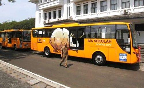 Layanan Bus Sekolah di DKI Jakarta 'Melempem'
