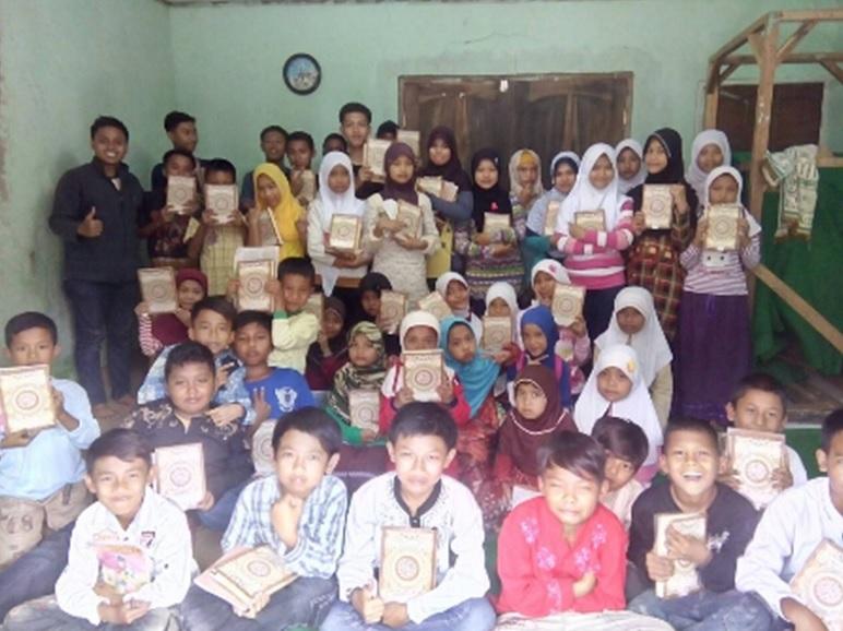 Mahasiswa Membangun Desa
