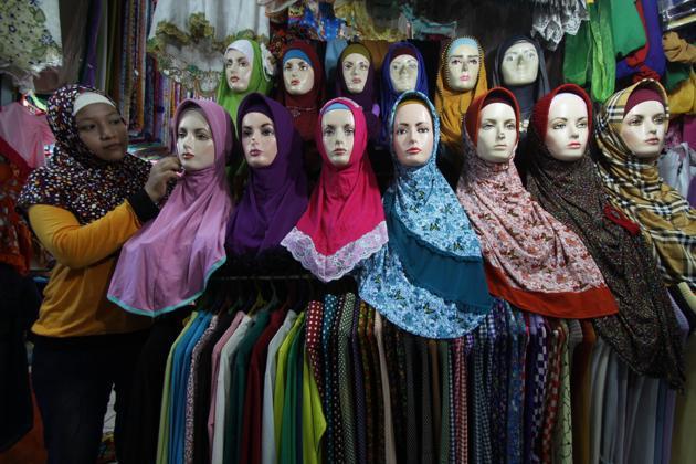 Omzet Penjualan Busana Muslim Turun 70% Dibanding Tahun Lalu, Ada Apa?