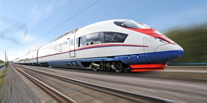 Proyek Kereta Cepat Jakarta-Bandung Seharusnya Lebih Berikan Solusi daripada Kontroversi
