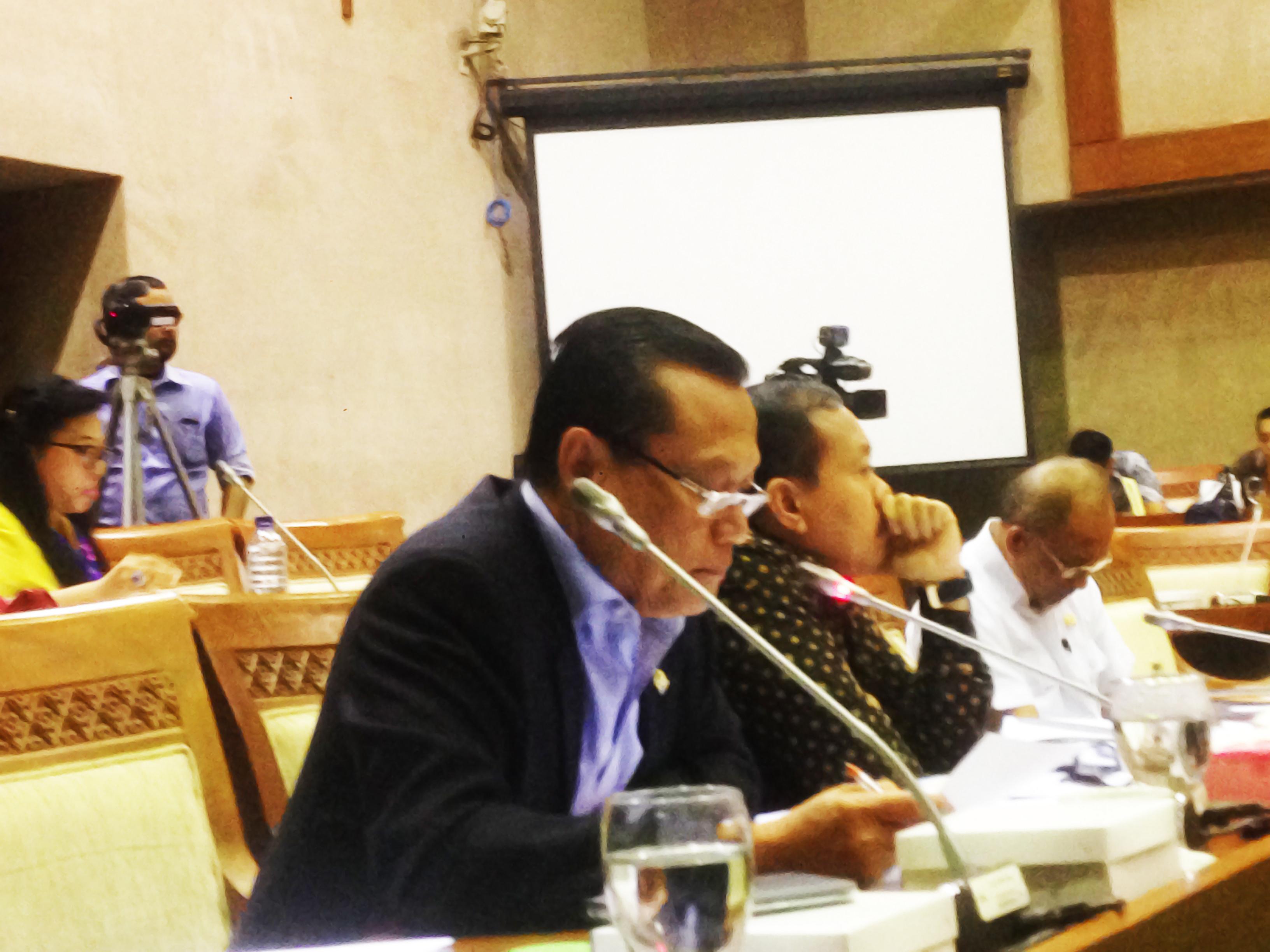 Http News Politik Dpr Berjuang Agar Dana Desa Naik Produk Ukm Bumn Sajadah Anak Laki Adang Daradjatun Panja Gula