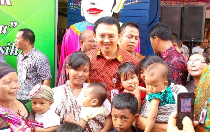 Pasar Nangka Sudah Diresmikan, Gubernur Janji Mau Beri Bantuan Modal Untuk Pedagang