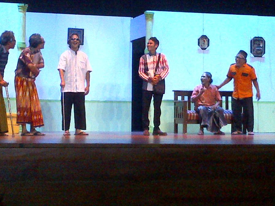 Datang Yuk Ke Festival Teater Dan Seni Sastra Di Gedung Miss Tjitjih