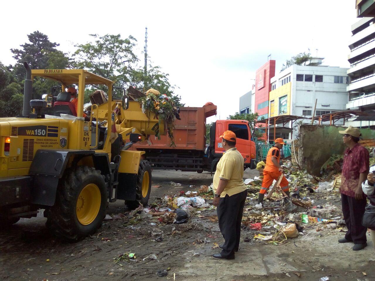 Sampah di Wilayah Kecamatan Senen Perhari 535, 93 M3 Terangkut