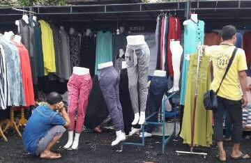 Asyiknya Berbelanja Di Pasar Tasik