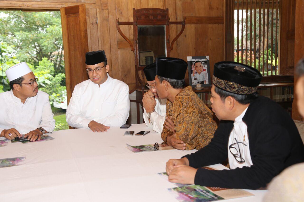 Program KJP Plus Anies Juga Untuk Madrasah dan Pesantren