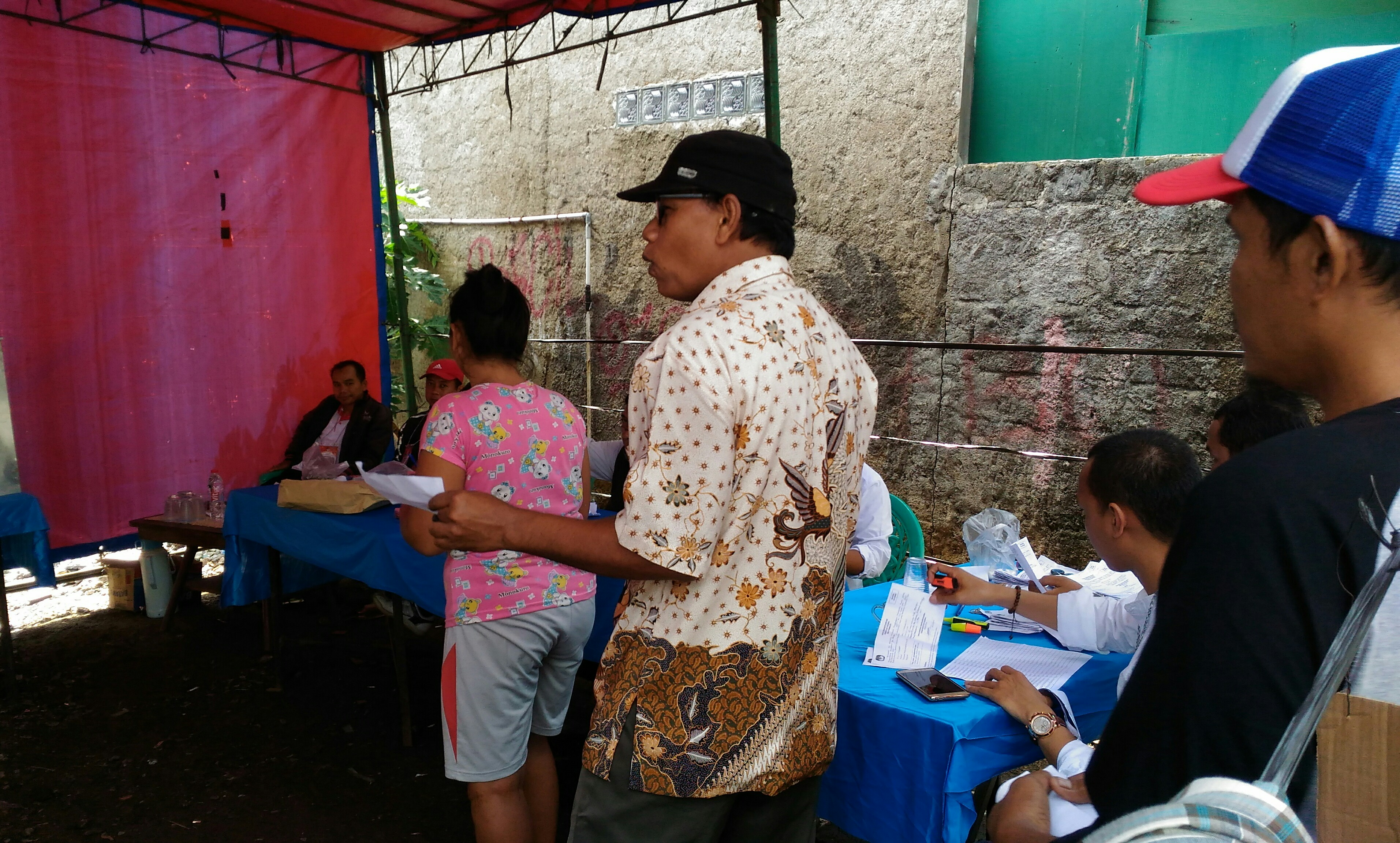 Pencoblosan Ulang Di TPS 1 Utan Panjang, Anies-Sandi Unggul