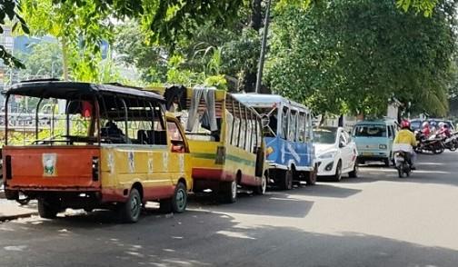 Warga Sawah Besar Minta Jalan Kartini Raya Ditata