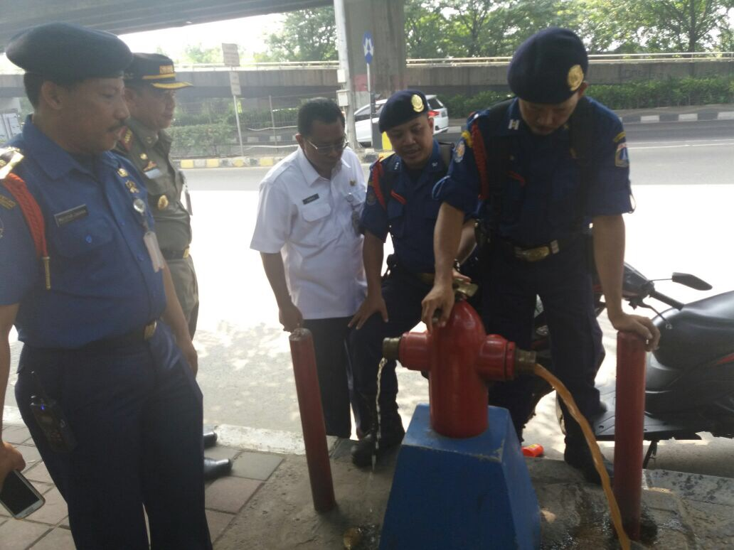 Sudin Damkar Harus Cek Rutin Hidran Untuk Antisipasi Penyelewengan Air