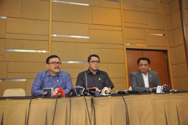 Pansus Hak Angket Duga Ketua KPK Terlibat Korupsi Alat Berat