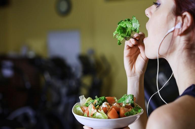 Rekomendasi Jurnal Nutrients Makan Sebelum Olahraga