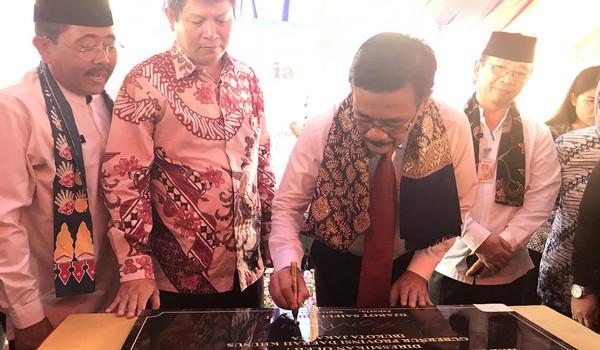 Telah Ditetapkan Lewat SK Djarot, Anggaran Kunker DPRD 2018 Naik Signifikan