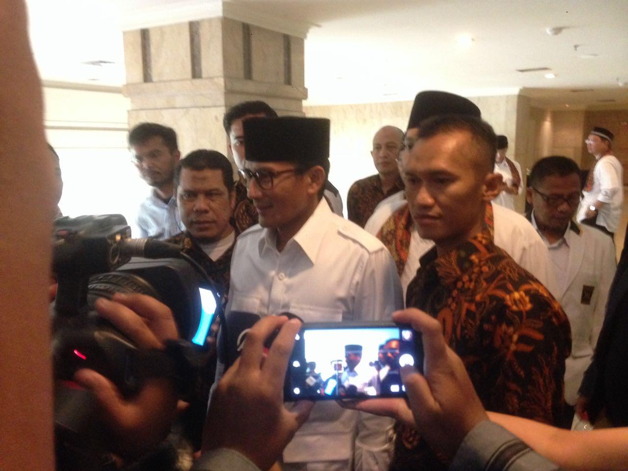 """Hampir 95 Persen Warga DKI Siap Dipimpin Anies-Sandi"""