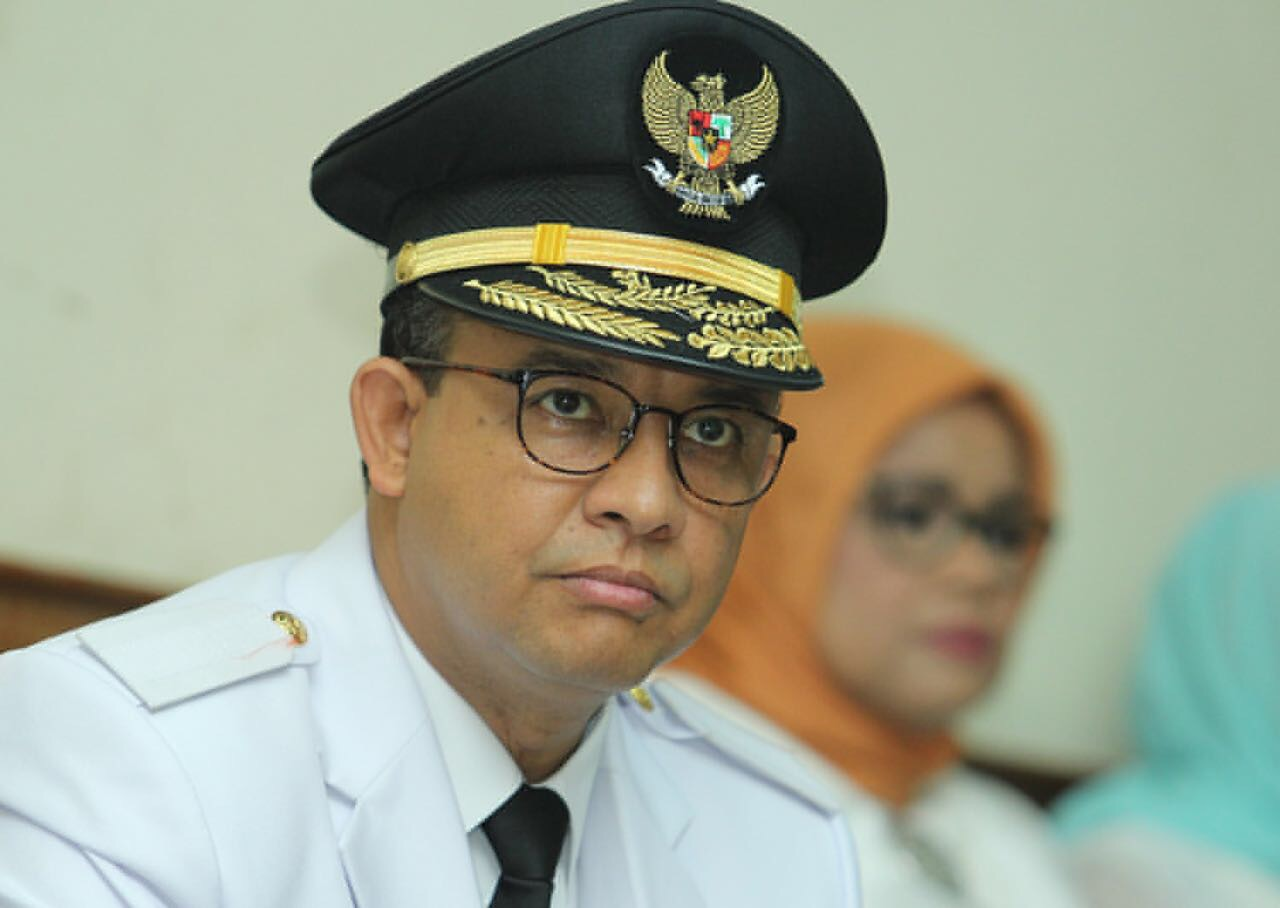 Di Rumah Prabowo, Gubernur Anies Menolak Berfoto Bersama Pemilik Lima Pulau Reklamasi