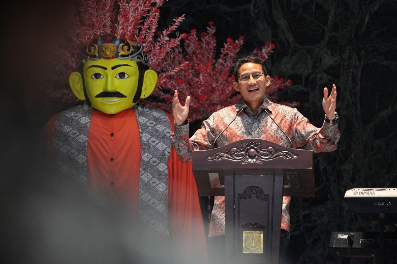 Nonton Film Bersama PPSU, Wagub Sandiaga Buktikan Jakarta Kota Ramah Industri Film