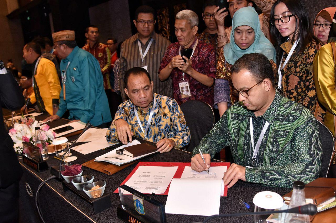 Anies Tandatangani Kerjasama Perdagangan, Jakarta Siap-Siap Kebanjiran Produk Unggulan Daerah