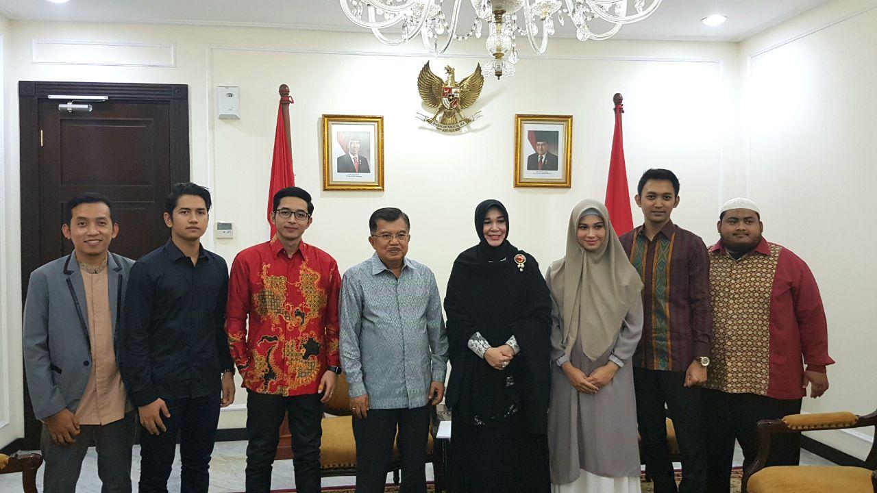 Wapres JK Apresiasi dan Dukung Film Lima Penjuru Masjid