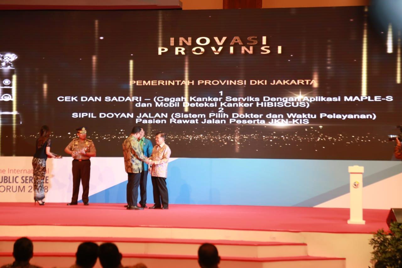 Gubernur Anies Bersyukur DKI Raih Dua Penghargaan Sekaligus dari Kemenpan-RB