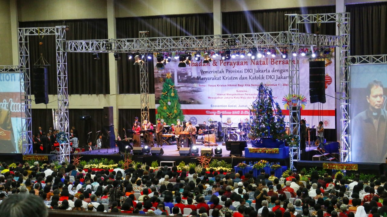 Gubernur Anies Hadiri Perayaan Natal Bersama Ratusan Ribu Umat Nasrani di Jakarta