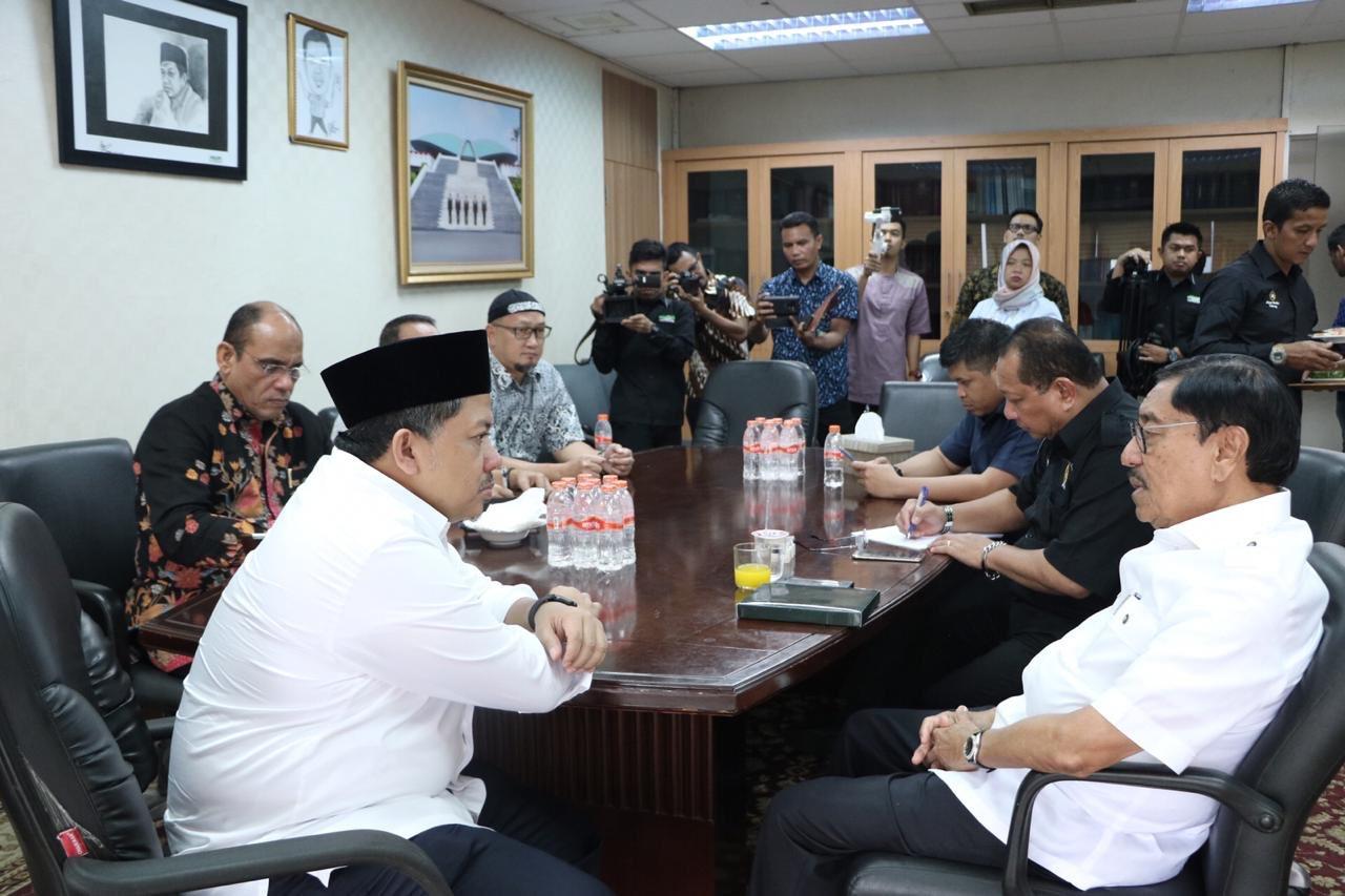Fahri Minta KPU Stop Urus Konten Debat, Fokus Siapkan Waktu dan Aturan.