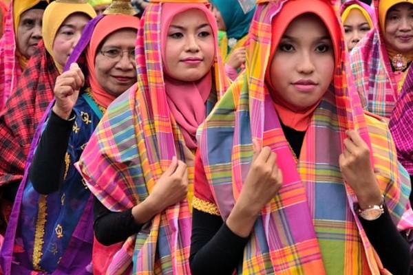 Parade Budaya Lombok Sumbawa 2013
