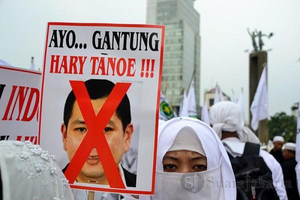 Tolak Miss World 2013, Gabungan Ormas Islam Bakar Foto Hary Tanoe