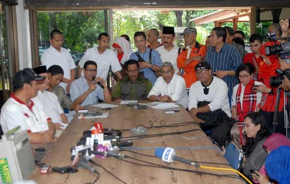 Menginap di KPK, 50 Orang Desak KPK Usut Korupsi Jokowi 12,4 M