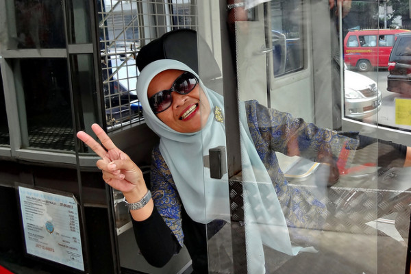 Setelah Gerbong, Kini Ada Bus Transjakarta Khusus Wanita
