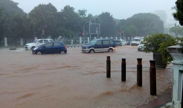 DPRD Minta Pemprov DKI Libatkan Perguruan Tinggi Selesaikan Persoalan Banjir