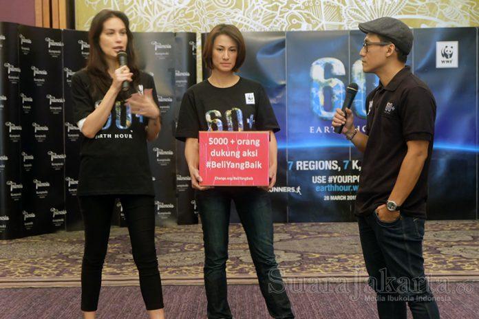 WWF Indonesia berkolaborasi dengan komunitas Earth Hour Indonesia di 11 kota besar dengan komunitas Indorunners membuat acara