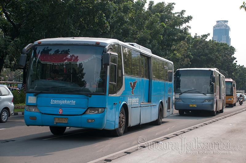 Transjakarta. (Foto: Fajrul Islam/SuaraJakarta)