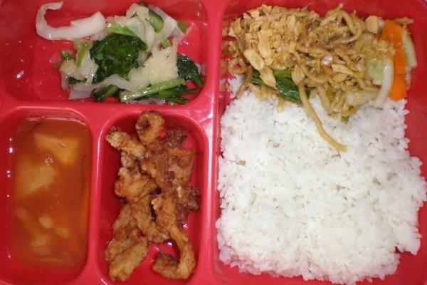 5 Alasan Kenapa Kamu Harus Bawa Bekal Makanan ke Kantor