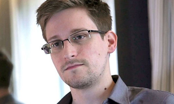 Benarkah Edward Snowden Tutup Usia?