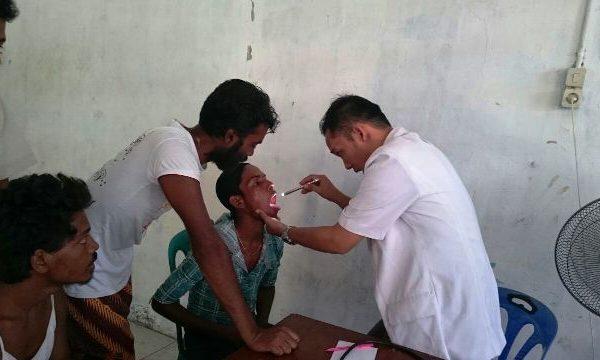 Relawan RZ Berikan Layanan Kesehatan untuk Pengungsi Rohingya