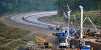 Infrastruktur Jalan Buruk Hadapi Mudik Lebaran