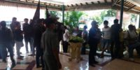 Tuntut Diijinkan Kembali Jualan di Masjid Akbar Kemayoran, Puluhan PKL Geruduk Kantor Pemkot Jakpus