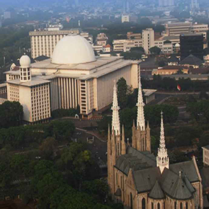 Provokasi Agar Orang Islam dan Kristen Berkelahi