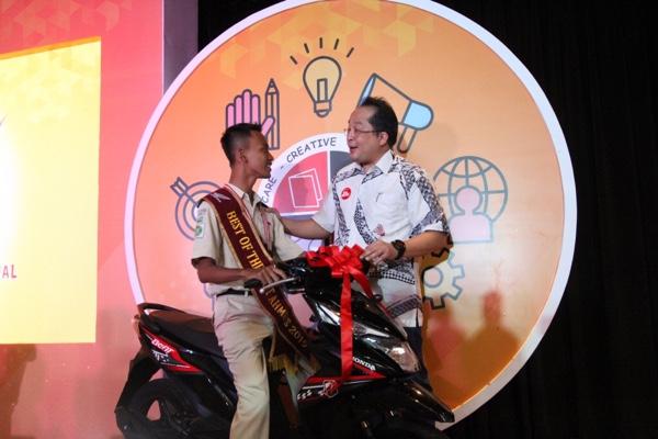 AHM Best Student 2019 Apresiasi Entrepreneur Kreatif Millenial