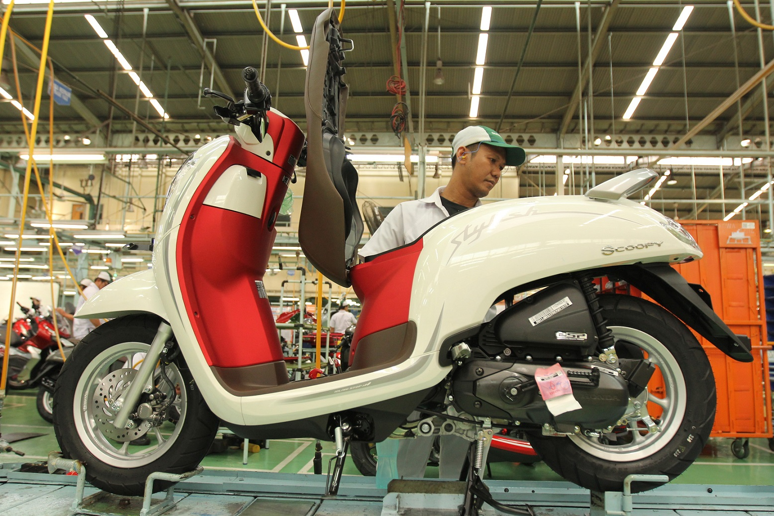 Honda Scoopy Merah Putih Mengaspal di Indonesia